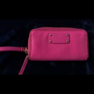 Kate Spade ♠️ Wristlet in hot pink NWOT
